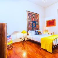 Colorful 2 bed apartment close to Vatican