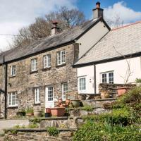 Coombe Cottage Smallholding Retreat