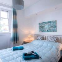 Fantastic Location Cheltenham Town Centre Sleeps 2-4