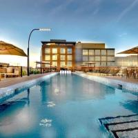 Global Luxury Suites near Union Station