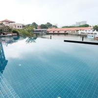 Luxury on Melaka River