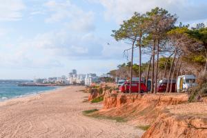 Image of Almargem Beach