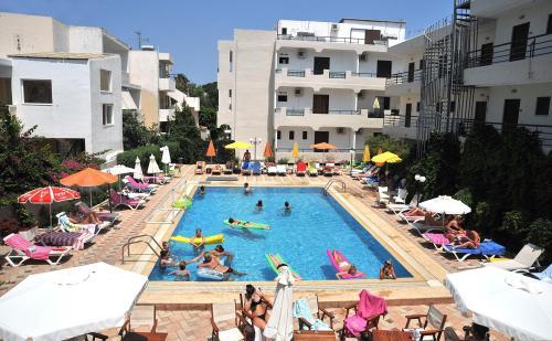 Santa marina Hotel pool
