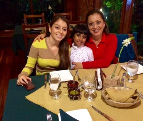 Karen & Valeria Fallas
