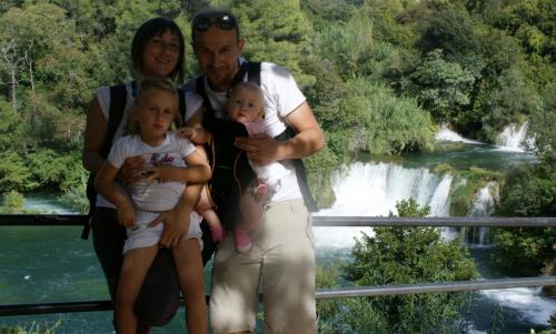 Duško, Nataša, Lara i Anna