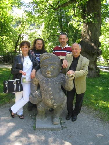 Anni und Georg mit Söhnen Christian und Michael