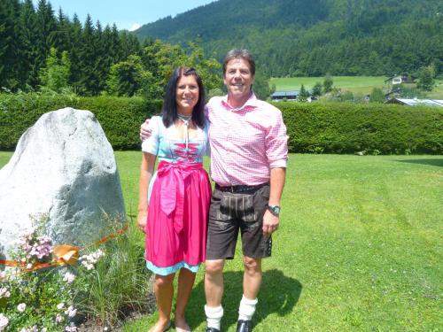 Maria und Wolfgang - in unserem Garten