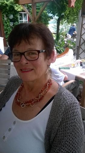 Nelly Petautschnig