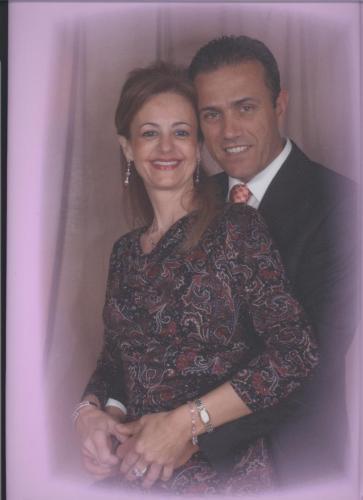 Manolo  y  Esther