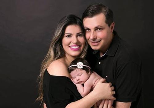 Eu, minha esposa e filha