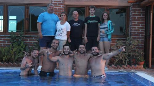 Vila Caska team with guests