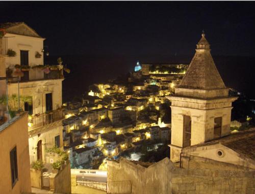 Ragusa Ibla by night