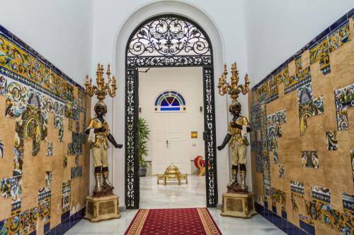 """""""El Escondite de Maria, Suites Palacio de Dueñas"""""""