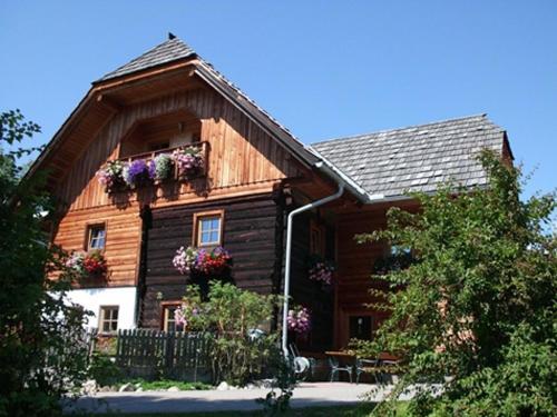 Ferienhaus mit den drei Wohnungen