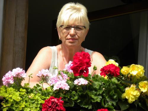 Ihre Gastgeberin Wilma Bracmort