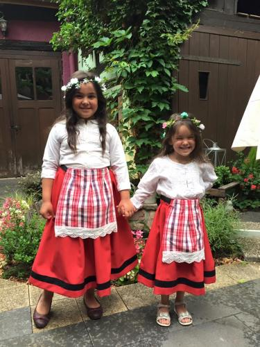 Aleyna et Selena (nos filles)