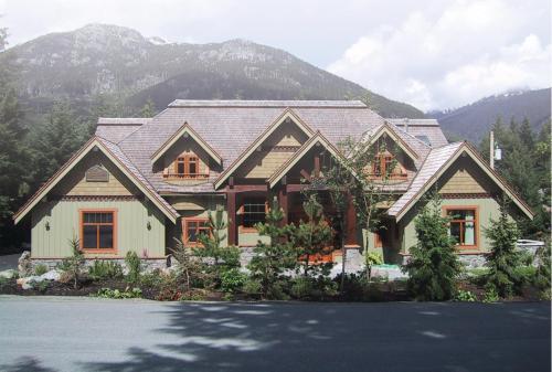Whistler Alpine Chalet/Chateau