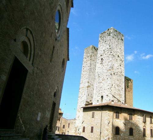 Torre Salvucci Maggiore Historic Tower House